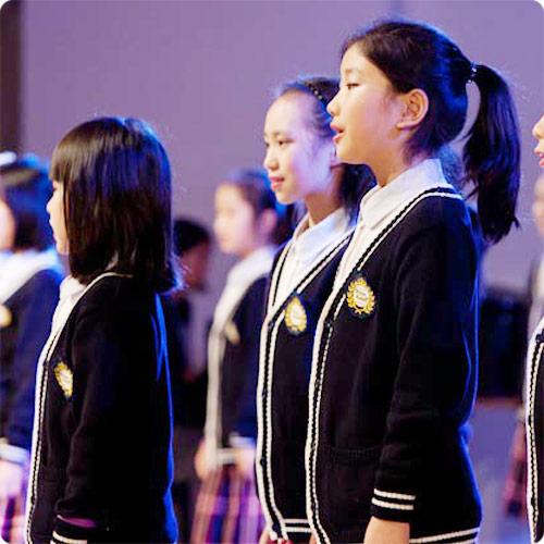 Chor-der-froehlichen-Kinderstimmen